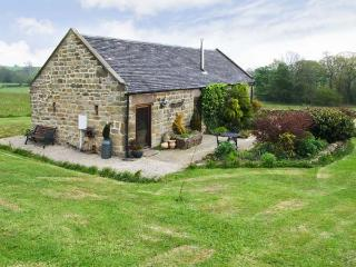 GARDEN HOUSE, luxury romantic retreat, woodburning stove, surrounded by countryside in Kirk Ireton, near Wirksworth, Ref 16787 - Wirksworth vacation rentals