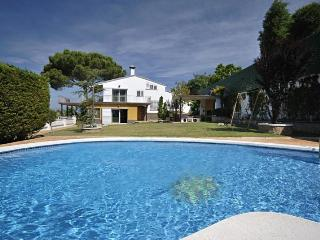 Your private pool to enjoy near Lloret:Torre de Pi - Catalonia vacation rentals