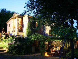 La Fontana Umbrian Luxury Farmhouse Rental - Amelia vacation rentals