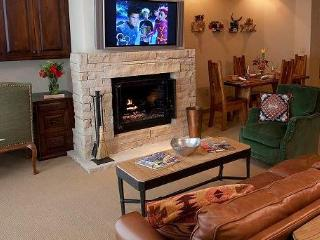 Taos 3 Bedroom Ski In/Out Vacation Rental - Taos Ski Valley vacation rentals