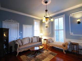Downtown Willow Glen Victorian Suite - San Francisco Bay Area vacation rentals
