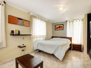 Castellano 601 Comfort Close to Lleras - Medellin vacation rentals
