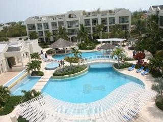 Exquisite 2 BDRM/2 Bathroom Retreat, Atrium Resort - Turks and Caicos vacation rentals