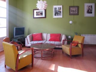 Madrid Historical Area Cava Baja Apart for groups - World vacation rentals