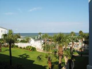 Oceanview 2 BR Condo, 3 Oceanfront Pools; 1 heated - Tybee Island vacation rentals