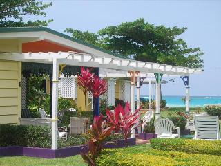 PARADISE PCA - 83333 - CHARMING 4 BED OCEANFRONT VILLAS WITH POOL - OCHO RIOS - Montego Bay vacation rentals