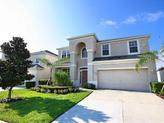 6 bedroom Luxury Pool Villa - 2 miles from Disney! - Kissimmee vacation rentals
