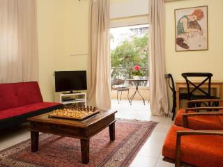 Ben Gurion Boulevard Just minutes from the Beach! - Tel Aviv vacation rentals