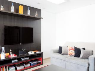 Modern 1 Bedroom Apartment in Itaim Bibi - Sao Paulo vacation rentals