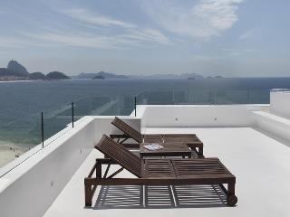 Oceanfront Luxury Penthouse Copacabana - Copacabana vacation rentals