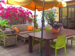 Cozy apartment with big terrace /WIFI - Valencia vacation rentals