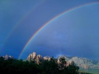 Best Sedona Rental, GORGEOUS,  VIEWS!!  NEAR CREEK - Northern Arizona and Canyon Country vacation rentals
