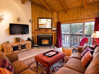 Courchevel 47 - Mammoth Condo - Walk to Lift - Mammoth Lakes vacation rentals