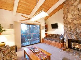 Living Room - Timber Ridge 24 - Mammoth Ski in Ski out Condo - Mammoth Lakes - rentals