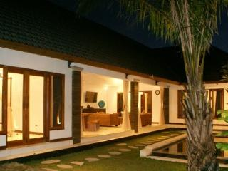 LEGIAN / SEMINYAK - 4 Bedroom Villa - JES - Kuta vacation rentals