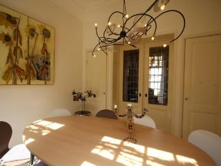 Where Els: holiday home next door - Haarlem vacation rentals