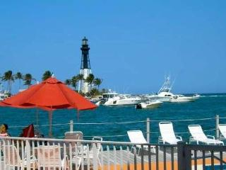 SUPER AFFORDABLE!!   Waterfront Studio Pompano Bch Fl.  Lighthouse View - Pompano Beach vacation rentals