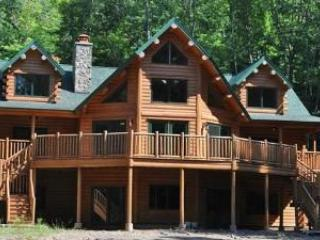 A Luxury Log Home Vacation Rental - Woodstock, NY! - Woodstock vacation rentals