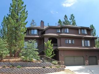 Evergreen Lodge - 8 Bedroom Vacation Rental in Big Bear Lake - Big Bear Lake vacation rentals