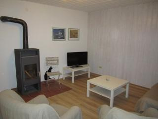 Vacation Apartment in Wolnzach - 753 sqft, spacious, convenient, idyllic (# 3094) - Bavaria vacation rentals