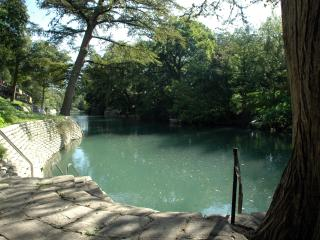RIVER VIEW! Gorgeous 2/2 Camp Warneke Condo - New Braunfels vacation rentals