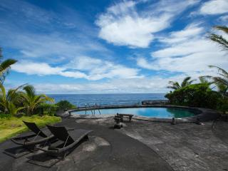 Oeanfront Luxury Estate 3.5 Bdr. Heated Pool & Spa - Big Island Hawaii vacation rentals
