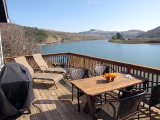 The Viking House at Jenner-Riverfront Great Views - Jenner vacation rentals
