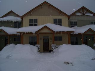Black Bear Crossing Ski in/out 7 Bedroom - Snowshoe vacation rentals
