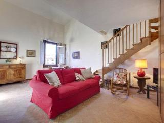 Nice two-room apartment near the Cathedral - Florence vacation rentals