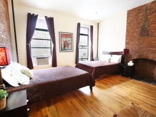 AMAZING ONE BEDROOM FLAT IN MANHATTAN - Manhattan vacation rentals