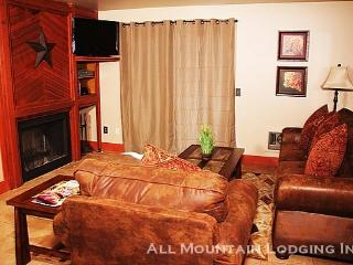 Red Pine U1: Stay Central to Deer Valley, Park City, and Canyons in this Remodeled Rental - Park City vacation rentals
