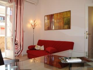 CR736 - San Giovanni 60 - Rome vacation rentals