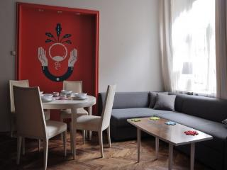 CR102bKR - Red Kurka B (Old Town/Kaziemierz) - Poland vacation rentals