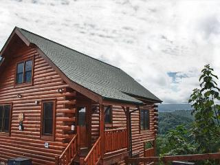 Absolutely Gorgeous and Spacious Cabin with Unbelievable Mtn Views! - Sevierville vacation rentals