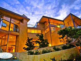 Hollywood Hills Mulholland Drive Estate - Los Angeles vacation rentals