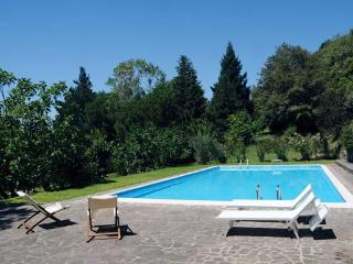 Typical house with lovely view and swimmingpool - Cortona vacation rentals
