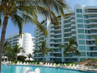 R&A Mayan Beach Property & Speed Boat Rent - Puerto Vallarta vacation rentals