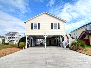 4 BR Home w/ Elevator-Pet Friendly-Topsail Island - Surf City vacation rentals