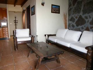 Holiday Villa Casa Yuno - Lanzarote vacation rentals