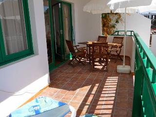 Holiday Apartment Oasis de Las Cucharas IV - Lanzarote vacation rentals