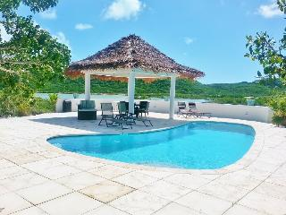 SERENITY POINTE [I] - 1Bed 1Bath Waterfront Escape - Discovery Bay vacation rentals