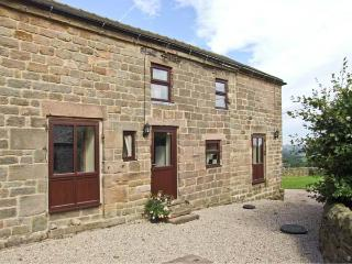 WIGWELL BARN all ground floor, on a working farm, beautiful views in Wirksworth Ref 18971 - Derbyshire vacation rentals