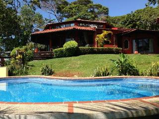 Oceanfront Family Rental Panoramic View & Pool DO1 - Dominical vacation rentals