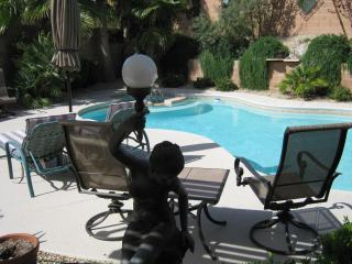 4 Bedroom Executive Home 15 minutes to Vegas Strip - Nevada vacation rentals