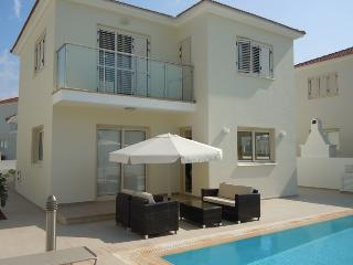 Pernera Beach Villa 19, Platin - Famagusta vacation rentals