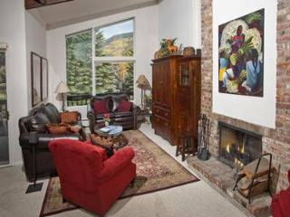 All Seasons G4 - Vail vacation rentals