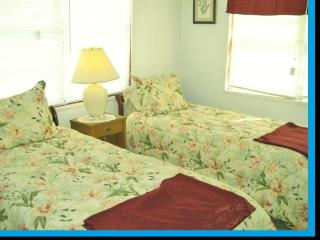Relaxing Cottage by Sea - Galveston vacation rentals