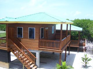 Bonita's Sapphire - studio waterfront cottage - Caye Caulker vacation rentals