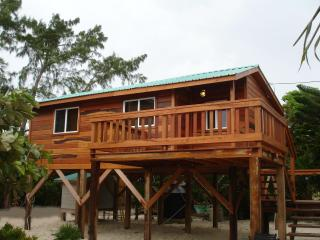 Beachside Cottage - Beachfront studio cottage - Caye Caulker vacation rentals