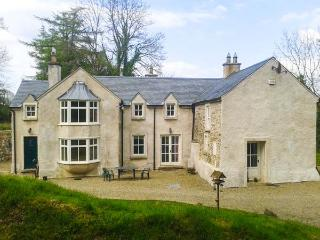 GLEN ALTO, woodburner & open fire, pet-friendly, Sky TV, beautiful woodland setting, near Inistioge, Ref. 30503 - Inistioge vacation rentals